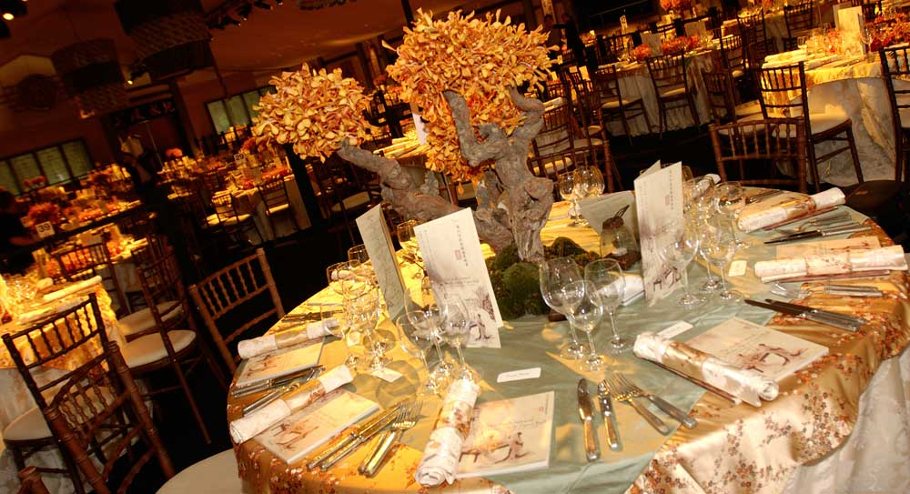 Chinese theme table decor and centerpiece