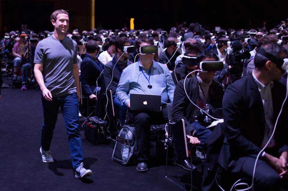 Mark Zuckerberg virtual reality headsets Mobile World Congress